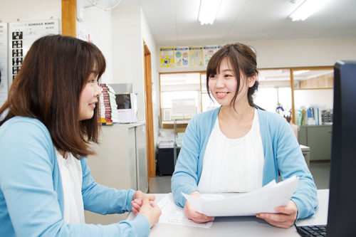 若手社員も多く、職場はいつも笑顔にあふれています。